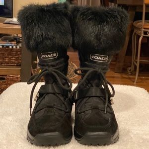 "Coach ""Sahara"" Boot Black w/ rabbit fur. Like NEW"